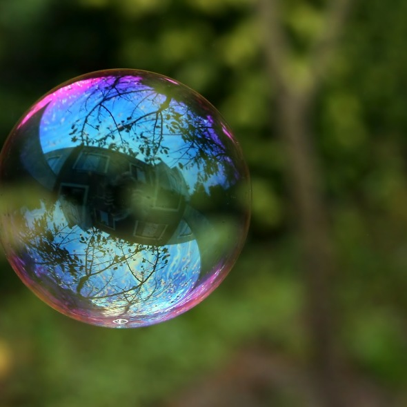 reflection_in_a_soap_bubble_edit[1]