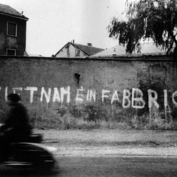 le-vietnam-est-dans-lusine-70s[1]