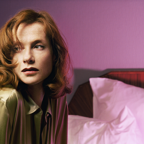 002-isabelle-huppert-theredlist[1]